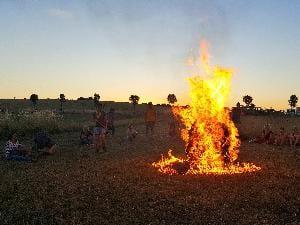 Modul Feuerlauf, allein das Feuer macht schon Eindruck.