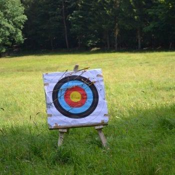 Bogenschießen zählt zu den beliebtesten Programmpunkten auf erlebnispädagogischen Klassenfahrten