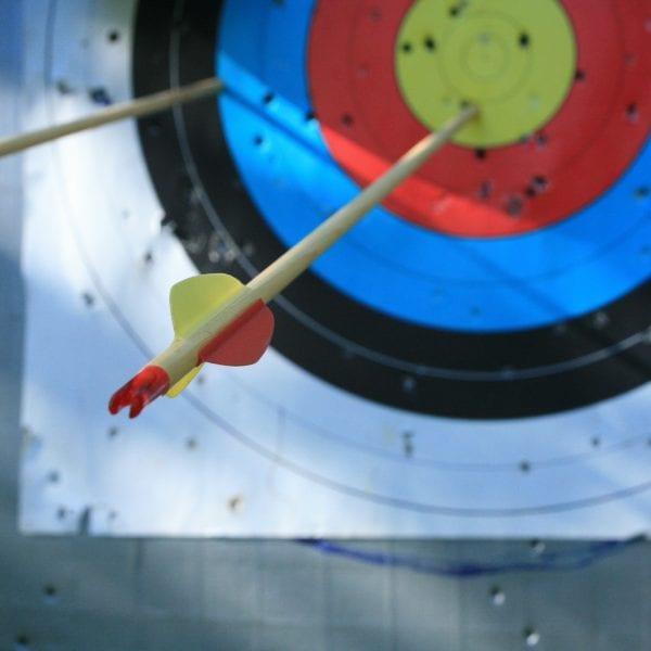 Bogenschießen gehört zum Job als Erlebnispädagoge bei N.E.W. zum Standardprogramm.