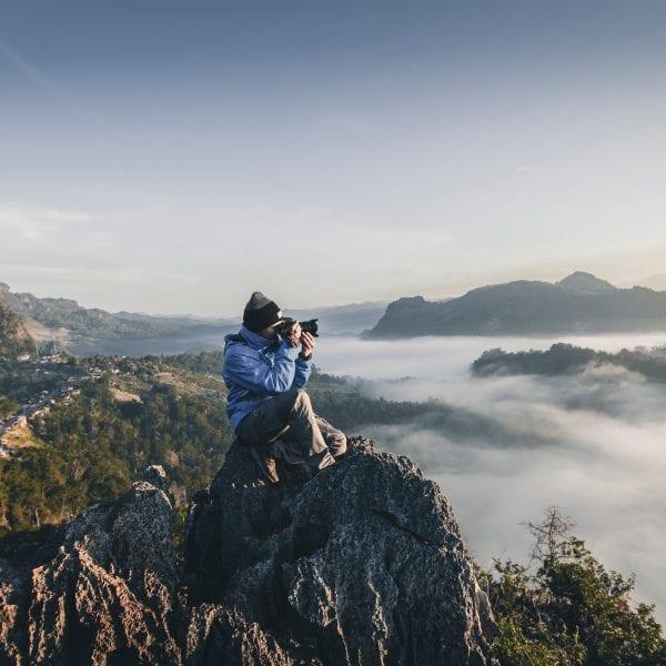 Schon bald mit Kamera auf dem Gipfel der Gefühle bei Deinem Marketing Praktikum in der Erlebnispädagogik.