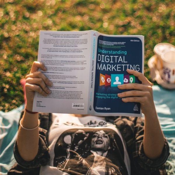Digitales Marketing ist die Zukunft, dort wollen wir mit Deiner Unterstützung und Deinem Wissen hin.