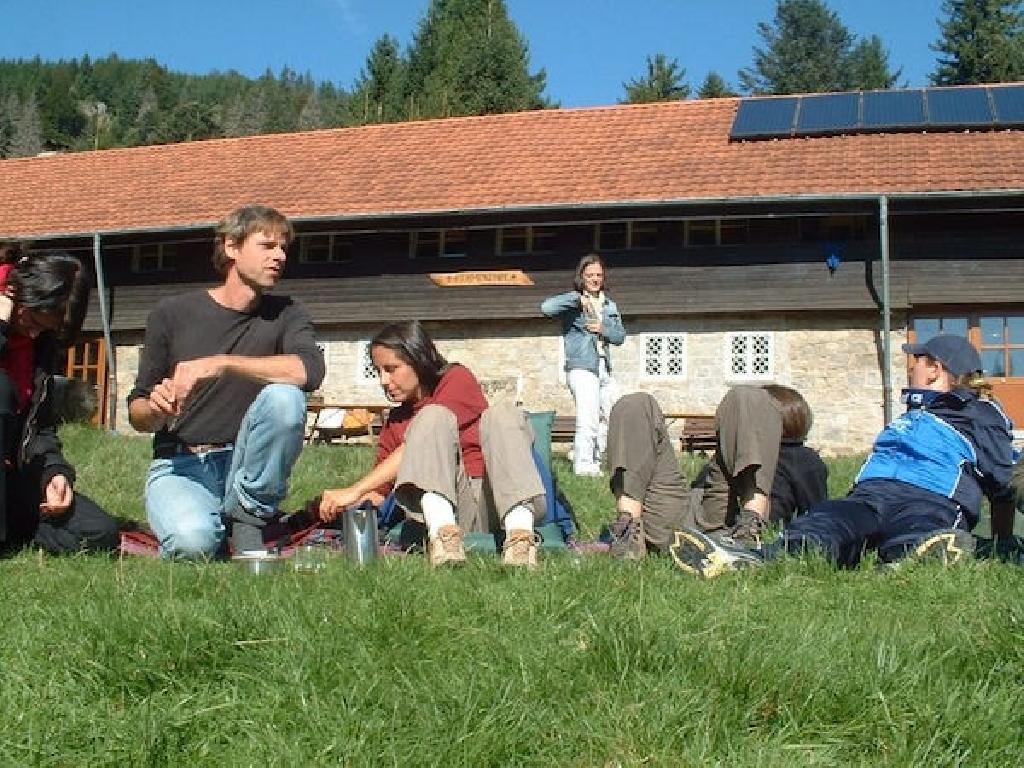2005 werden wir GmbH: Gesellschaft mit besonders viel Herz.