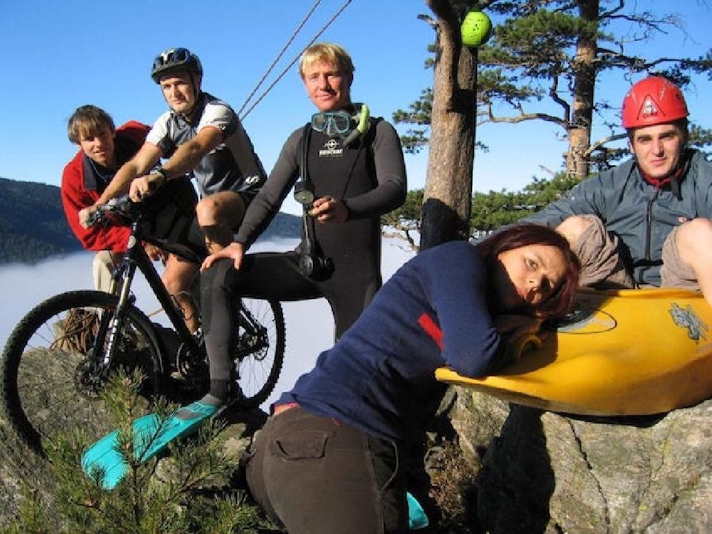 Unsere Geschichte beginnt 1995 mit ein paar verrückten Studenten und einem Camp in Korsika.