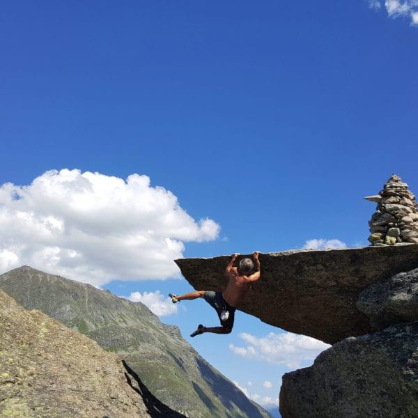 Stephan Straub während einer Boulderreise