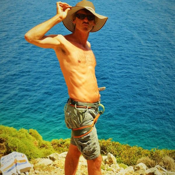 Stephan Straub mit Sonnenhut