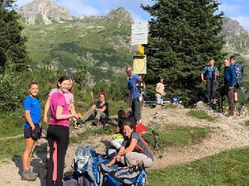 Eine tolle Gruppe junger Menschen wagt jedes Jahr an zwei Terminen die Challenge unserem Alpencross.