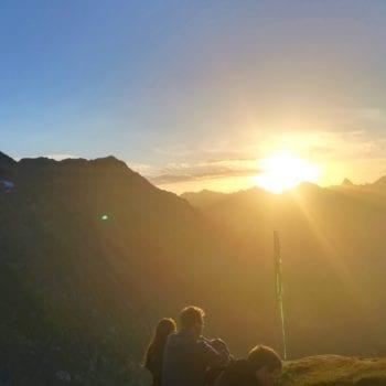 Magische Momente erwarten Dich, wenn Du nach einer langen Tour den Gipfel erreichst.