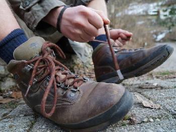 Die Schuhe sind geschnürt. Los geht's in die Natur!