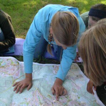 Findest Du den richtigen Weg zurück? Nervenkitzel beim Survival in der Wildnis!