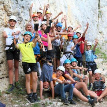 Bei unserer Kletterfreizeit in den Pfingstferien wartet eine Gruppe netter Jungs und Mädels auf Dich!
