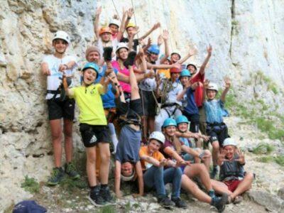 Beim Klettern in der Gruppe wächst man zusammen!