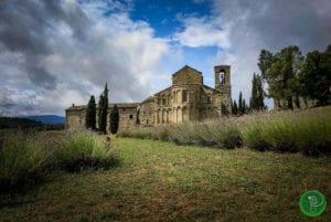 Die Schönheit der Toskana beim Paarwandern