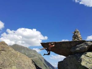 Wunderschöner Boulder auf der Boulderreise