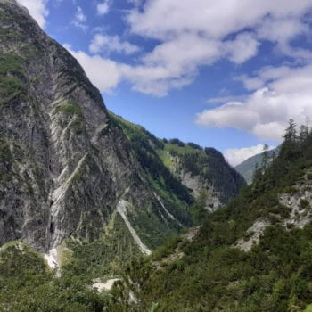 Traumhafte Ausblicke sind die beste Motivation beim Trekking.