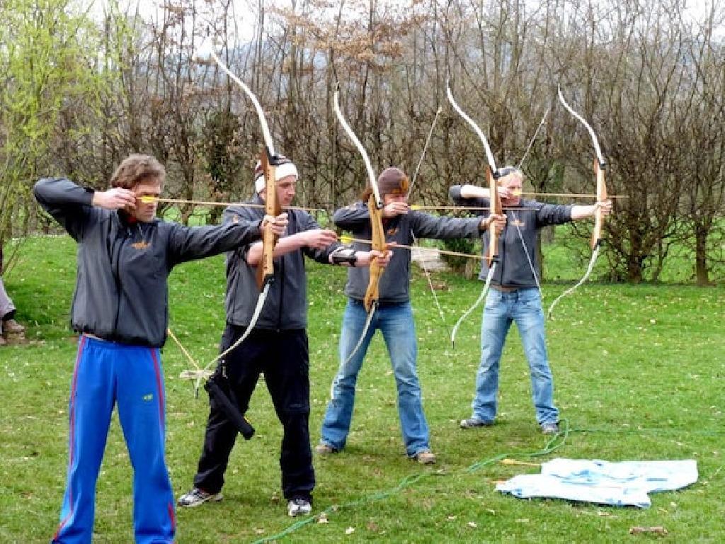 Bogenschiessen macht im Team am meisten Spaß!