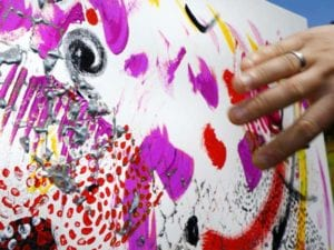 Intuitive Malerei wird bei N.E.W. von Uwe Merz angeleitet und begleitet
