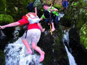Minicanyoning ist ein nasses Abenteuer für warme Tage!