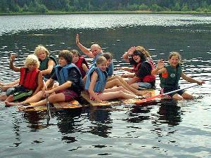 New Shore: Das Floß ist gebaut, nun zeigt es sich, ob es Euch auch an die andere Uferseite bringt