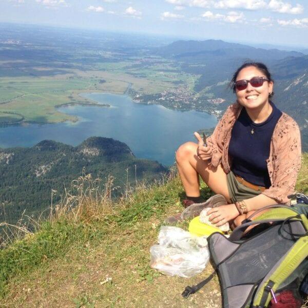 Sedieka Khalaj leitet erlebnispädagogische Klassenfahrten bei N.E.W.
