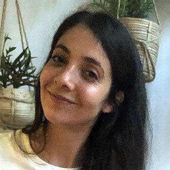 Erlebnispraktikantin Yelda Aknergiz ist bei N.E.W.